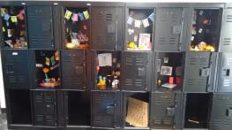 Transforming lockers into Ofrendas.